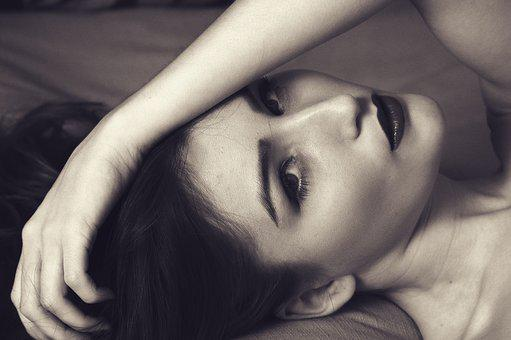 Woman, Laying Down, Sexy, Portrait, Hand On Face
