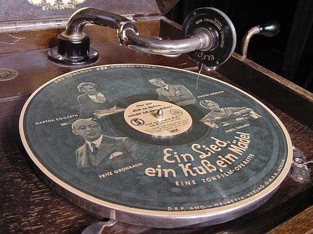 Schell Corner Plate, Gramophone, 78rpm, Image Plate