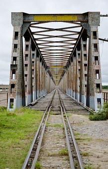 Bridge, Train, Trillo, Railway, Steel, Step Level