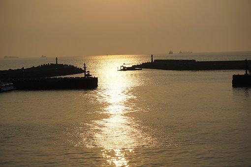 Sunset, Ocean, Water, Shadow, Dark, Evening, Yellow