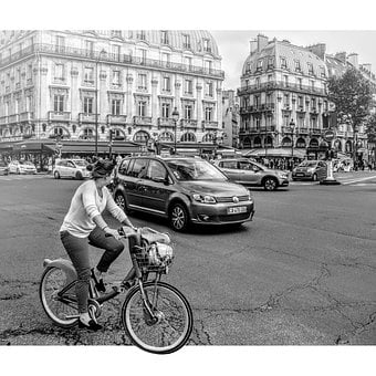 Paris, Cyclist, Square, Place-saint-michel, Traffic