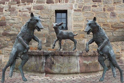 Fountain, Wolf, Lamb, Sheep, Wolf Hagen, Atmosphere