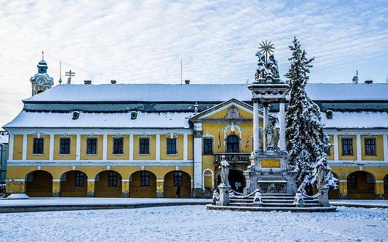 Statue, Holy Trinity, Esztergom