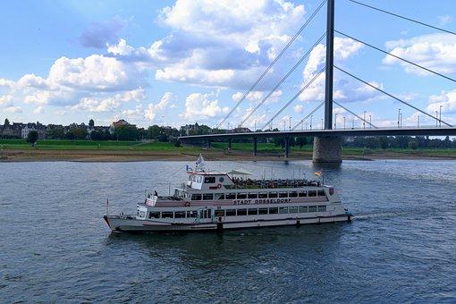 Düsseldorf, Rhine, Boot, Rhine Panorama, Old Town