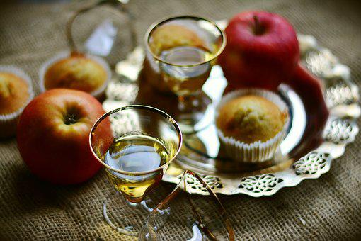 Apple, Appel Grain, Apple Grain, Alcohol, Glasses