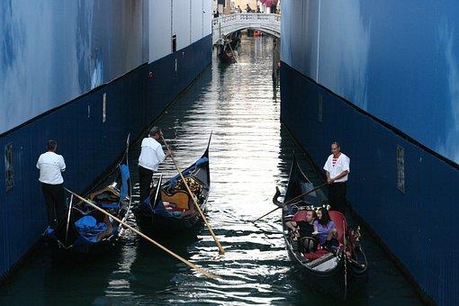 Italy, Venezia, Gondola, Gondolier, Water, Channel