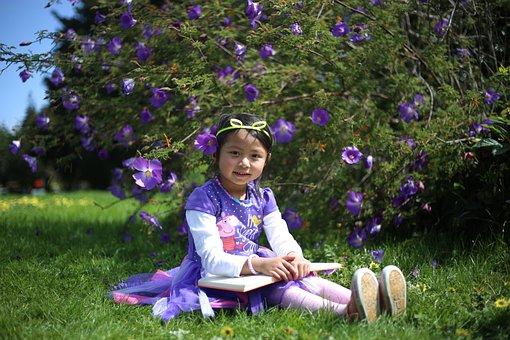 Cute Little Girl, Smart Student, Smart Little Girl