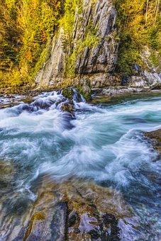 Bunting Due To Breakage, Alpine, Mountains, Hiking