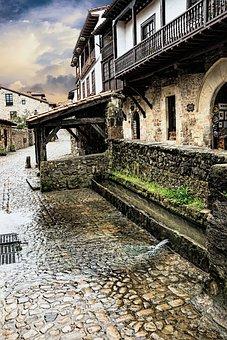 Water Trough, Santillana Del Mar, Cantabria, Spain