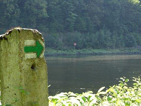 Arrow, Brand, Designation, Direction, Turn Signal, East