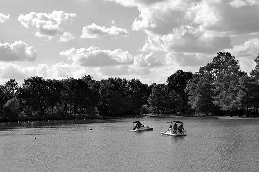 Herman Park, Houston, Texas, Boat Ride, Trees, Lake
