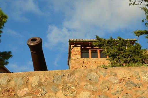 Gun, Sky, Historically, Holiday, Weapon, Blue