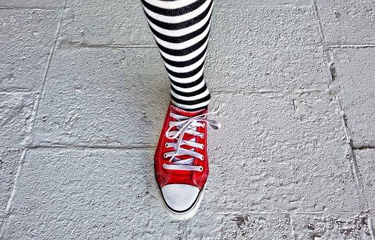 Woman, Body, Body Part, Leg, Foot, Shoe, Sneaker, Sock