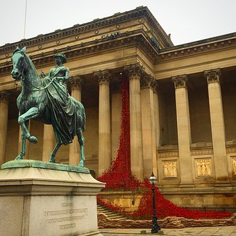 St Georges Hall, Liverpool, Poppies, Architecture, City