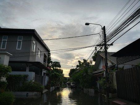 Good Morning, Morning, A Flood