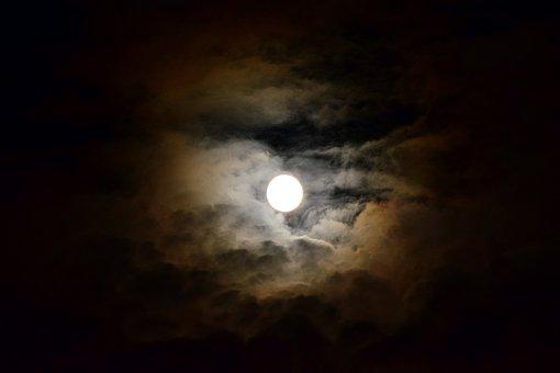 Moon, Full Moon, Night, Moonlight, Sky, Cloud Plume