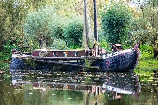 Fishing Boat, Ship, Mirroring, Lake, Pond, Boot