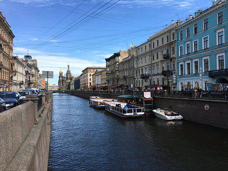 St Petersburg, Channel, Boat