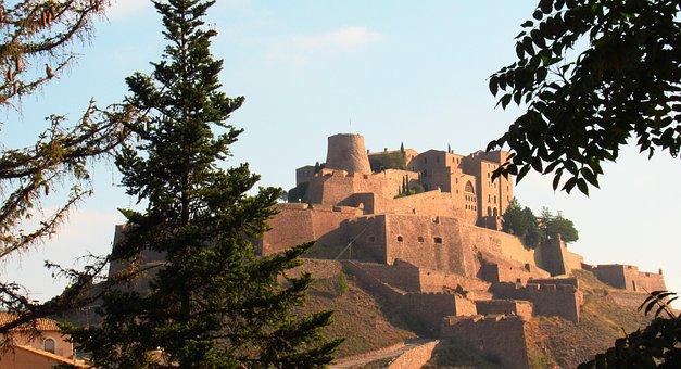 Castle, Salt Mountain, Cardona, Fortress, Catalonia