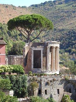 Tivoli, Kitchen God Temple, Italy