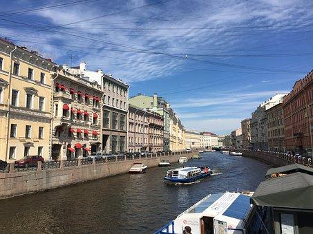 St Petersburg, Channel, Peniche