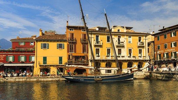 Port, Malcesine, Garda, Port City, Fishing Boats