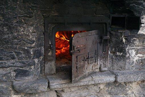 Backhaus, Stone House, Bread Baking, The Village Oven