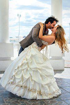Wedding, The Groom, Bride, Kiss, Bridesmaid Dress
