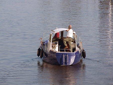Pleasure, Kajuitboot, Powerboat, Boating, Free Time
