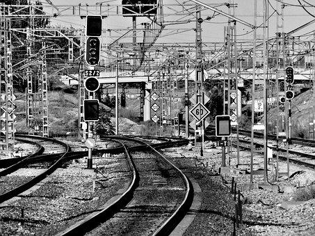 Vias, Train, Traveling, Pathways, Trains, Rail, Section