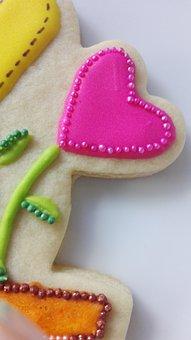 Heart, Pearl, Cookie