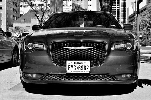 Chrysler 300, Sedan, Four Door, All Wheel Drive, Grill