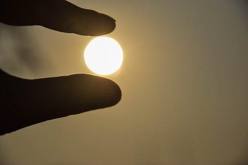 Sun, Thailand