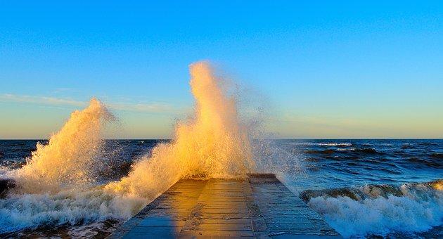 Baltic Sea, Wave, Sea, Water, Nature, Spray, Forward