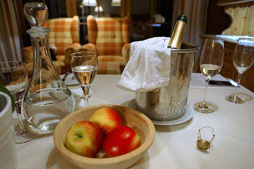 Eat, Apple, Champagne, Celebration, Stanglwirt, Suite