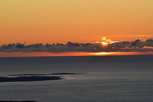 Sunrise, Clouds, Sun, Sky, Ocean, Water, Nature, Summer