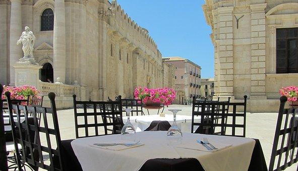 Sicily, Syracuse, Piaza Duomo, Italy, Dining, Lunch