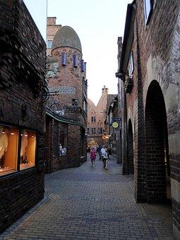 Bremen, Downtown, Hooper Street, Alley, Walk, Dusk