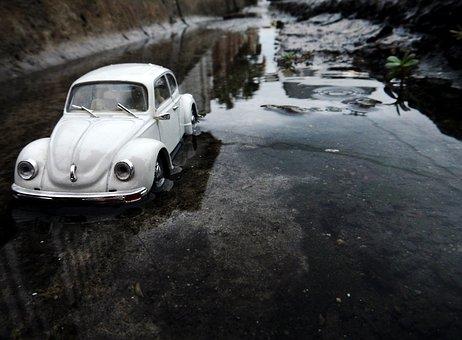 Truck, Toy, White, Rain, Miniature, Vehicle, Automobile