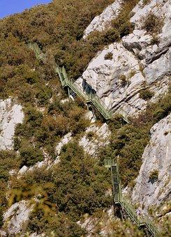 Scale, Mountain, Excursion, Sky, Rock, Busatte, Trail