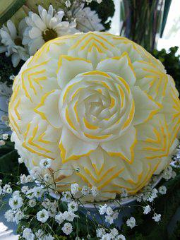 Carved Golden Honeydew, Diy Wedding Idea, Fruit Carving