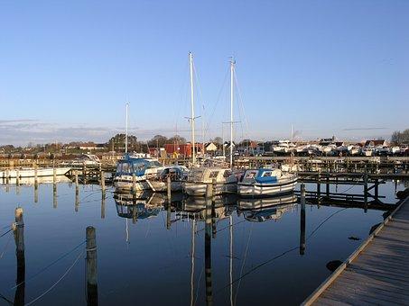 Havnsø, Port, Sailing