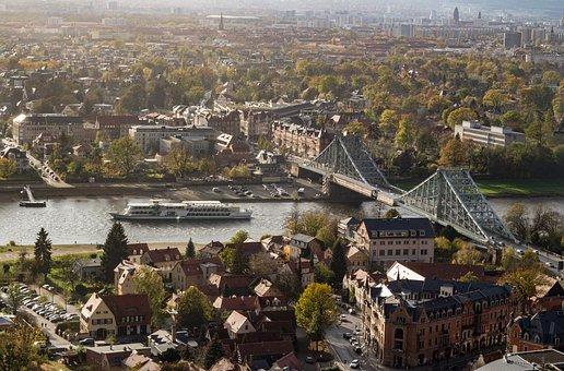 Dresden, Blue Wonder, Blasewitz, Loschwitz, Elbe