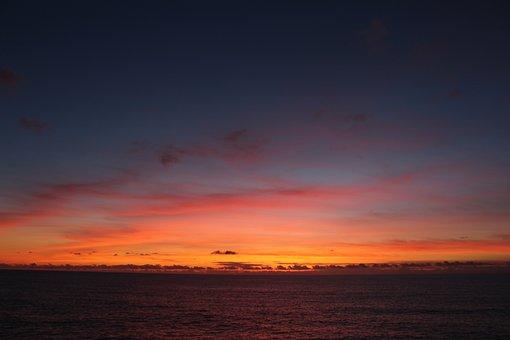 Ocena, Sunset, Sun, Shadows, Dark, Night, Water, Nature