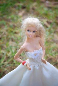 Bride, Doll, Pretty, Garden, White, Bright, Green