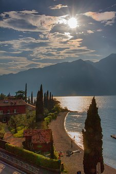 Italy, Garda, Lake, Malcesine, Bank, Landscape, Holiday