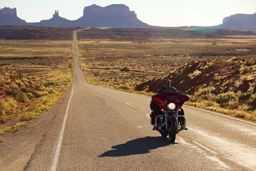 Monument Valley, Harley Davidson