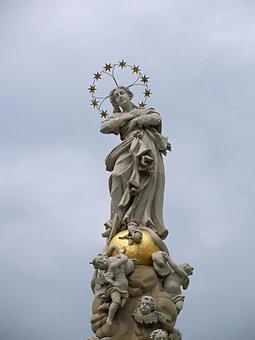 Mary, Faith, The Statue Of, Christianity