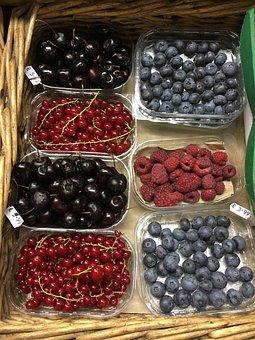 Ireland Berries, Blackcurrants, Elder Berries