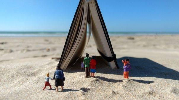 Miniature Figures, Beach, Notebook, Sand, Visit